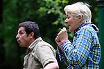 LE PETIT POUCET<br /> <br /> Création collective : Emmanuelle Laborit,<br /> Bachir Saïfi et Val Tarrière. <br /> Avec : Bachir Saïfi et Val Tarrière<br /> Date : 05/2013<br /> Cadre : Printemps de paroles<br /> Lieu : Parc culturel de Rentilly