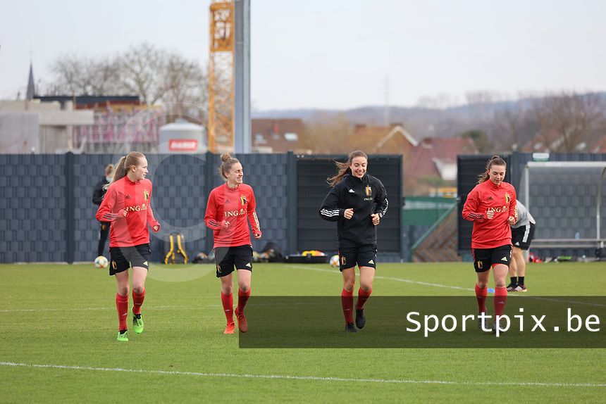 Feli Delacauw, Chloe Vande Velde, Silke Vanwynsberghe  and Jody Vangheluwe pictured during the training session of the Belgian Women's National Teamahead of a friendly female soccer game between the national teams of Germany and Belgium , called the Red Flames in a pre - bid tournament called Three Nations One Goal with the national teams from Belgium , The Netherlands and Germany towards a bid for the hosting of the 2027 FIFA Women's World Cup ,on 19th of February 2021 at Proximus Basecamp. PHOTO: SEVIL OKTEM | SPORTPIX.BE