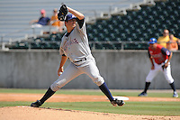 Brandon Kintzler Pitcher Huntsville Stars (Milwaukee Brewers) delivers a pitch during the Southern League Playoffs at Smokies Park in Sevierville, TN September 13, 2009 (Photo by Tony Farlow/ Four Seam Images)