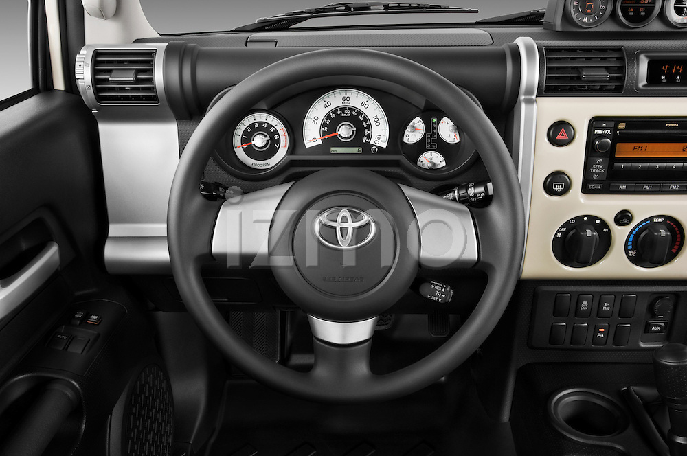 Steering wheel view of a 2008 Toyota FJ Cruiser