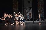 NOCES<br /> <br /> <br /> <br /> Les Noces (1923)<br /> Chorégraphie Bronislava Nijinska <br /> Dramaturgie chorégraphique Dominique Brun assistée de Sophie Jacotot <br /> Musique Igor Stravinski <br /> <br /> Avec Roméo Agid, Caroline Baudouin, Marine Beelen, Zoé Bleher, Garance Bréhaudat, Florent Brun, Joao Fernando Cabral, Lou Cantor, Clarisse Chanel, Gaspard Charon, Massimo Fusco, Maxime Guillon, Roi-Sans-Sac, Anne Laurent, Clément Lecigne, Marie Orts, Enzo Pauchet, Laurie Peschier-Pimont, Maud Pizon, Mathilde Rance, Lucas Real, Julie Salgues et Lina Schlageter<br /> Lieu : Théâtre National de la Danse de Chaillot<br /> Date : 11/09/2020