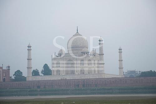 Agra, Uttar Pradesh, India. Taj Mahal from the river Yamuna.