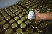 - Calabria, Cedar Coast, local gastronomy, production of cedar jams<br /> <br /> - Calabria, Costa dei cedri, gastronomia locale, produzione di marmellate al cedro