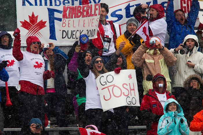 Josh Dueck, Vancouver 2010 - Para Alpine Skiing // Ski para-alpin.<br /> Josh Dueck competes in Para Alpine Skiing // Josh Dueck participe en ski para-alpin. 14/03/2010.