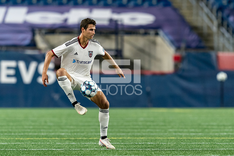 FOXBOROUGH, MA - SEPTEMBER 09: Jonathan Ricketts #17 of Chattanooga Red Wolves SC traps the ball during a game between Chattanooga Red Wolves SC and New England Revolution II at Gillette Stadium on September 09, 2020 in Foxborough, Massachusetts.