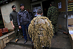 Yulia, Scharfschuetzin der pro-russischen Separatisten, Portrait, Donezk, Ukraine, 10.2014, Yulia, a 21-year old female sniper returns to the barracs of the pro-Russian militia at the suburb of Donetsk.  ***HIGHRES AUF ANFRAGE*** ***VOE NUR NACH RUECKSPRACHE***