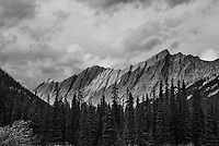 Palisades mountains in Jasper National Park