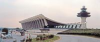 Eero Saarinen: Dulles Airport, 1958-1963.