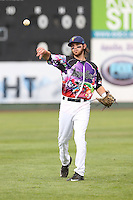 Conner Hale (39) of the Everett AquaSox throws before a game against the Spokane Indians at Everett Memorial Stadium on July 25, 2015 in Everett, Washington. Spokane defeated Everett, 10-1. (Larry Goren/Four Seam Images)