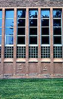 Eliel Saarinen: Cranbrook Academy, Library wing elevation. Photo '97.