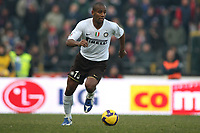 Inter's Sisenando Maicon during their italian serie A soccer match at Dall'Ara Stadium in Bologna , Italy , February 21 , 2009 - Photo: Prater/Insidefoto ©