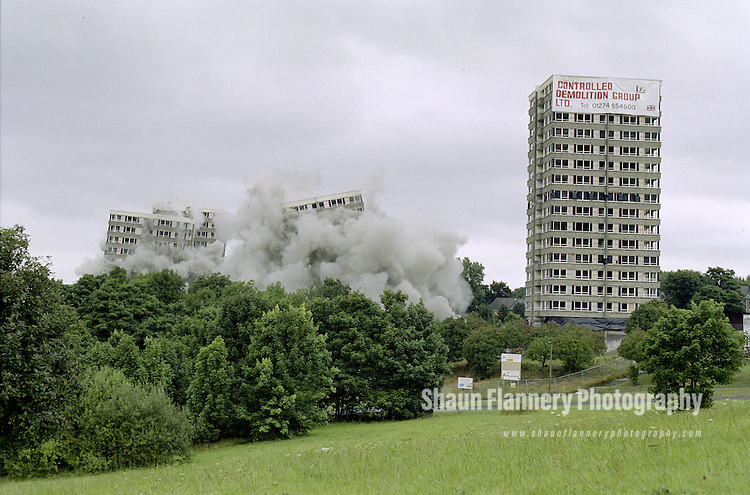 Pix: Shaun Flannery/shaunflanneryphotography.com...COPYRIGHT PICTURE>>SHAUN FLANNERY>01302-570814>>07778315553>>..8th August 1999..3 tower blocks on Sheffield's Norfolk Park estate are 'demolished' by explosives in a controlled demolition.