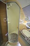 10.06.2010, ILA Internationalen Luftfahrt-Ausstellung ,Flughafen Schönefeld Berlin, GER, im Bild Innenansichtes der  des Airbus A380 der Emirates , Badezimmer mit Dusche Foto © nph / Hammes