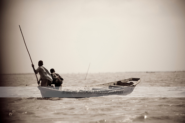 Between Cotonou and Ganvie in Benin, boys of fishing families learn the family trade at an early age.