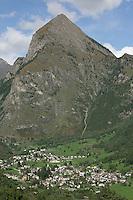 Switzerland. Canton of Ticino. Val di Blenio (Blenio valley). Village of Olivone. Sosto mountain (2221 meters high). © 2006 Didier Ruef