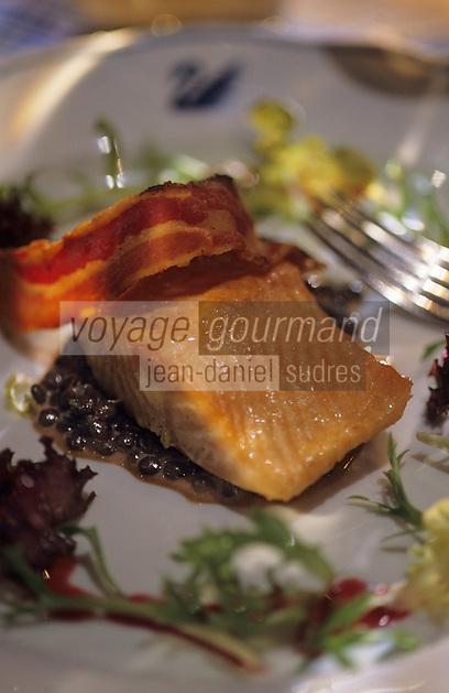 """Europe/Autriche/Tyrol/Wattens: Omble chevalier fumé sur salade de lentille tiède - Recette de Gunter Erberl de la Gasthof """"Zum Schwan"""""""