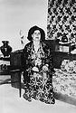 Irak 1955.Bagdad: Nahida Sheikh Salam, femme de Nouri Shawess.Iraq 1955.Baghdad: Nahida Sheikh Salam,wife of Nuri Shawess