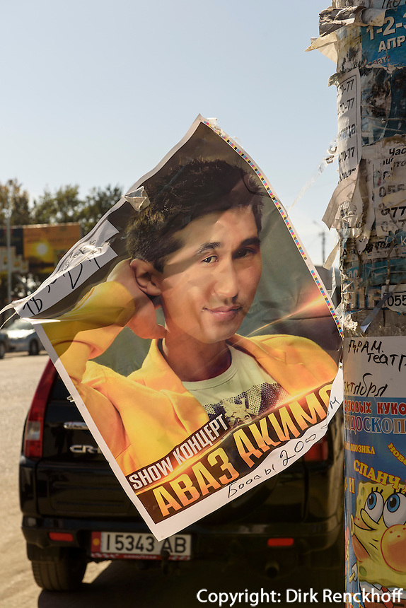 Plakat in Karakol, Kirgistan, Asien<br /> posterin Karakol, Kirgistan, Asia