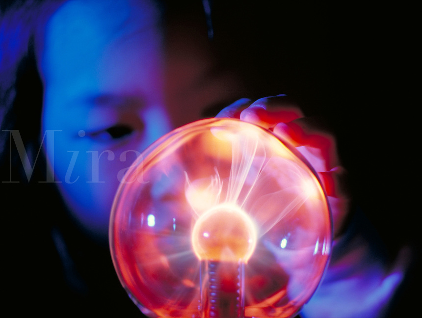 Kimberly Mun playing with a Bernouli Ball (gas plasma). Science, Play.
