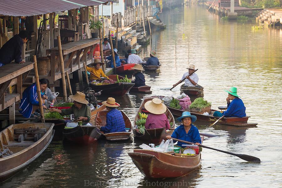 Tha Kha floating market, Thailand
