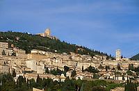Italien, Umbrien, Blick auf Assisi