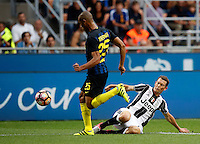 Calcio, Serie A: Inter vs Juventus. Milano, stadio San Siro, 18 settembre 2016.<br /> Inter's Miranda, left, is challenged by Juventus' Stephan Lichsteiner during the Italian Serie A football match between FC Inter and Juventus at Milan's San Siro stadium, 18 September 2016.<br /> UPDATE IMAGES PRESS/Isabella Bonotto