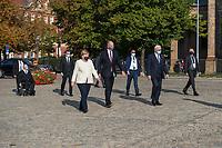 """Oekumenischer Gottesdienst unter dem Motto """"Wir miteinander"""" zum 30. Tag der Deutschen Einheit in der St. Peter und Paul-Kirche in Potsdam am Samstag den 3. Oktober 2020.<br /> Im Bild vlnr.: Bundestagspraesident Wolfgang Schaeuble (CDU); Bundeskanzlerin Angela Merkel (CDU); Dietmar Woidke (SPD), Ministerpraesident von Brandenburg; Bundespraesident Frank-Walter Steinmeier.<br /> 3.10.2020, Berlin<br /> Copyright: Christian-Ditsch.de"""