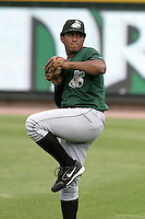 Clinton Lumberkings Juan Jimenez during practice before a Midwest League game at Fifth Third Field on July 18, 2006 in Dayton, Ohio.  (Mike Janes/Four Seam Images)
