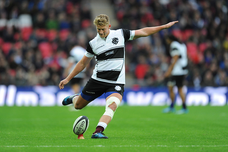 Robert du Preez (Stormers) of Barbarians takes a conversion attempt during the Killik Cup match between Barbarians and South Africa at Wembley Stadium on Saturday 5th November 2016 (Photo by Rob Munro)