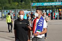 Italienische Fans in München<br /> - Muenchen 02.07.2021: Italien vs. Belgien, Viertelfinale, Allianz Arena Muenchen, Euro2020, emonline, emspor, Playoffs, Quarterfinals<br /> <br /> Foto: Marc Schueler/Sportpics.de<br /> Nur für journalistische Zwecke. Only for editorial use. (DFL/DFB REGULATIONS PROHIBIT ANY USE OF PHOTOGRAPHS as IMAGE SEQUENCES and/or QUASI-VIDEO)