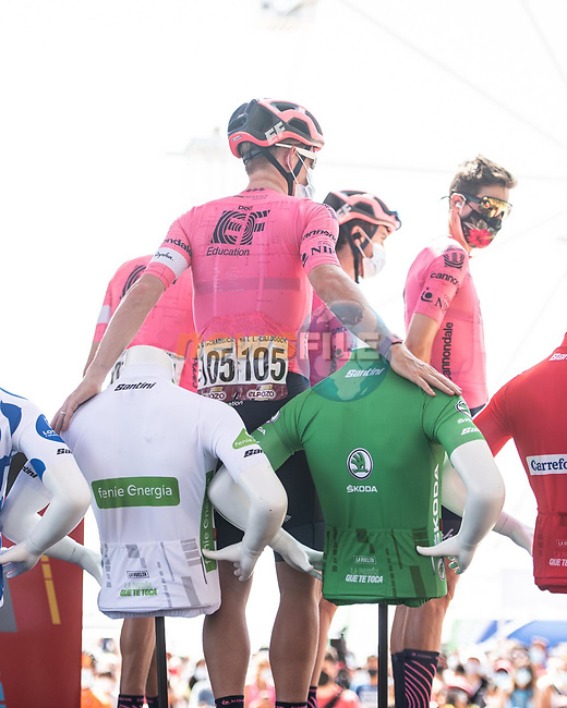 EF Education-Nippo arrive at sign on before the start of Stage 7 of La Vuelta d'Espana 2021, running 152km from Gandia to Balcon de Alicante, Spain. 20th August 2021.     <br /> Picture: Unipublic/Charly Lopez | Cyclefile<br /> <br /> All photos usage must carry mandatory copyright credit (© Cyclefile | Charly Lopez/Unipublic)