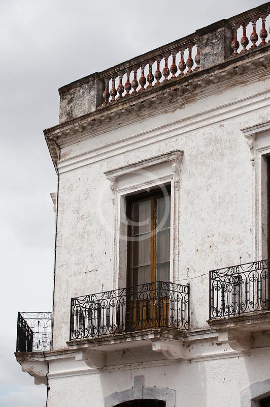 Uruguay, Colonia del Sacramento, Ornate balcony, Historic District