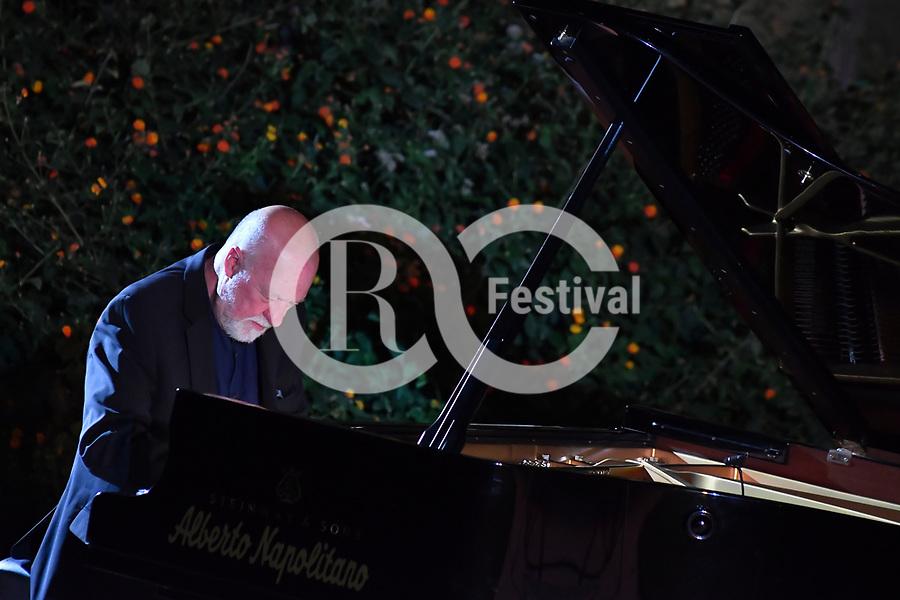 Nei Giardini del Monsignore <br /> Geoff Westley, pianoforte