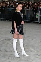 Sophie Turner - ARRIVEES AU DEFILE 'VUITTON' AU LOUVRE - FASHION WEEK DE PARIS