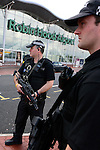 Pix: Shaun Flannery/shaunflanneryphotography.com..COPYRIGHT PICTURE>>SHAUN FLANNERY>01302-570814>>07778315553>>..9th July 2007..............Armed South Yorkshire Police Officer's stands guard at Robin Hood Airport Doncaster Sheffield after recent terrorist attacks.