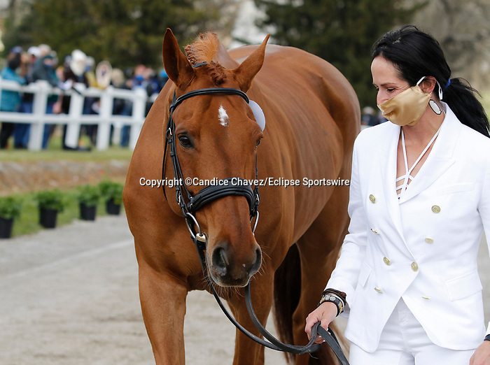 April 21, 2021: 10 Fe Lifestyle and rider Jennifer Brannigan from the USA in the first horse veterinary inspection at the Land Rover Three Day Event at the Kentucky Horse Park in Lexington, KY on April 21, 2021.  Candice Chavez/ESW/CSM