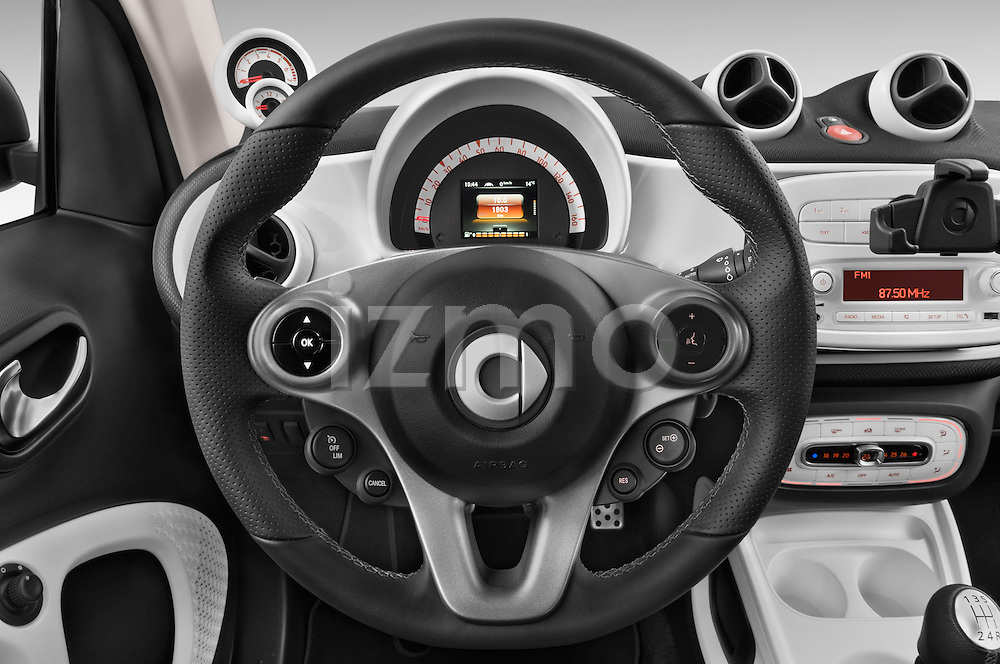 Car pictures of steering wheel view of a 2015 Smart FORTWO PRIME 3 Door Micro Car Steering Wheel