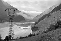 - Valtellina, the lake formed in the Pola Valley after the landslide of Coppetto peak (june 1987).<br /> <br /> - Valtellina, il lago formatosi in Val Pola dopo la frana di pizzo Coppetto (giugno 1987)