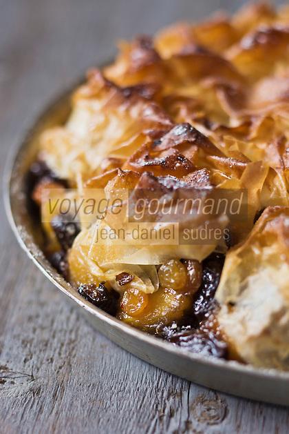 Tourtière aux pommes, pruneaux, raisins à l'armagnac - recette de Christian Constant