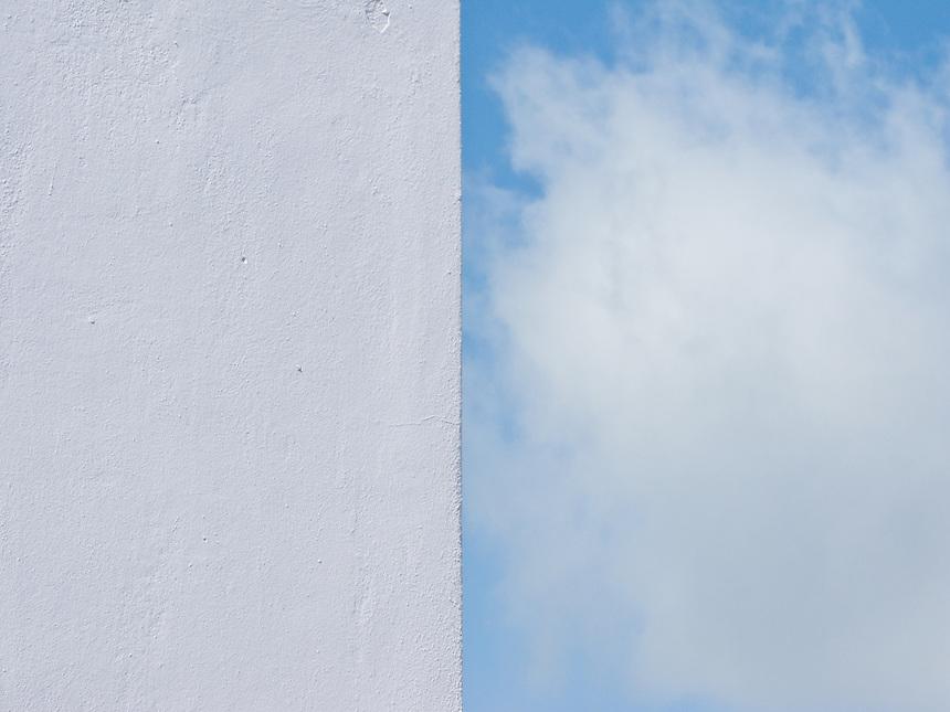 Cloud wall contrast
