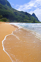 Haena coastline and the goldens sands of  Tunnels Beach