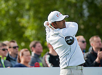 21.05.2015. Wentworth, England. BMW PGA Golf Championship. Round 1.  Anirban Lahiri [IND] on the first tee. The first round of the 2015 BMW PGA Championship from The West Course Wentworth Golf Club