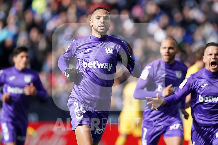 CD Leganes' Youssef En-Nesyri (l) and Roque Mesa celebrate goal during La Liga match. November 23,2019. (ALTERPHOTOS/Acero)