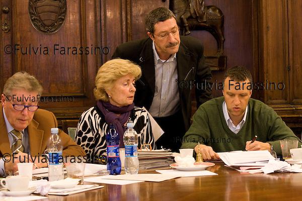 Verona 21/01/2009.Il sindaco di Verona Flavio Tosi in riunione con la giunta comunale,Verona Mayor Flavio Tosi in assembly with the municipality