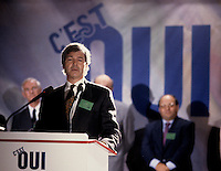 Montreal (Qc) CANADA - Oct 1992 file Photo - Claude Beauchamps campaign for the OUI- YES  during the 1992 referendum (OUI was against the separation iof Quebec Province and for the unity of Canada)
