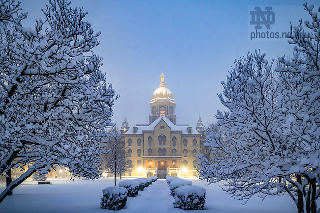 December 25, 2020; Christmas morning snowfall on Main Quad, 2020 (Photo by Matt Cashore/University of Notre Dame)