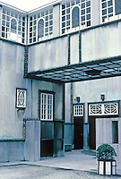Josef Hoffmann: Palais Stoclet, Brussels. Window detail. Photo '87.