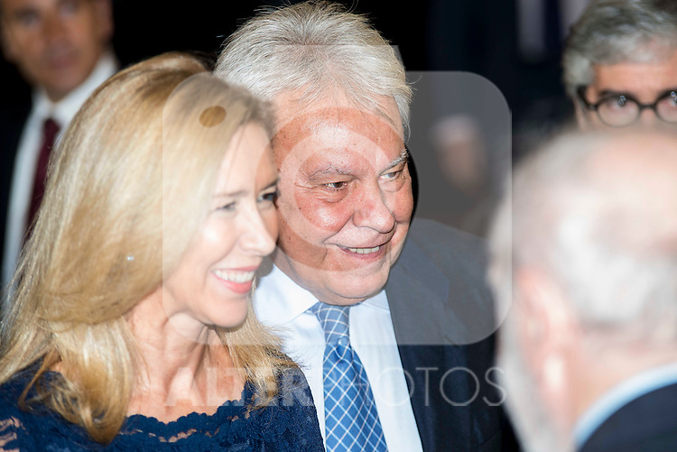 "Spanish politician Felipe Gonzalez attend the delivery of the XXXII edition of the journalism award "" Francisco Cerecedo "" D. Felix Arzua at Ritz Hotel in Madrid, November 25, 2015<br /> (ALTERPHOTOS/BorjaB.Hojas)"