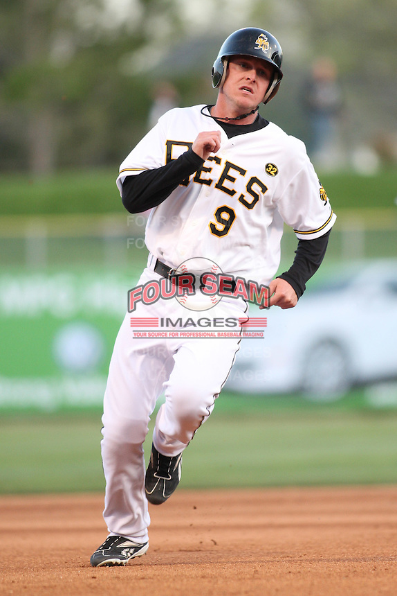 April 27, 2009:  Brad Coon of the Salt Lake Bees, Pacific Cost League Triple A affiliate of the Los Angeles (Anaheim) Angles, during a game at the Spring Mobile Ballpark in Salt Lake City, UT.  Photo by:  Matthew Sauk/Four Seam Images