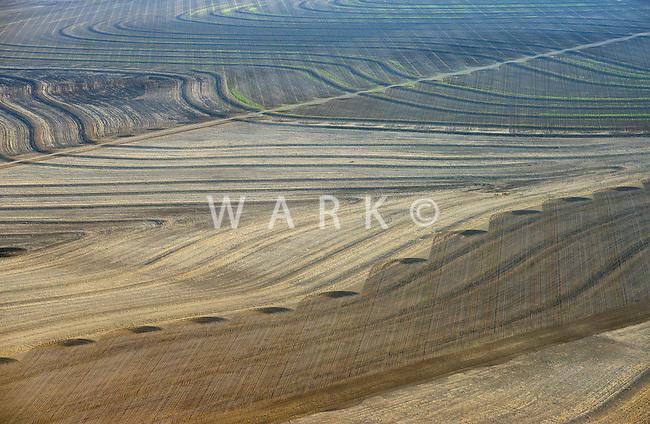 Arid farm fields of southeastern Colorado. Near Eads, Colorado. April 2013  84840